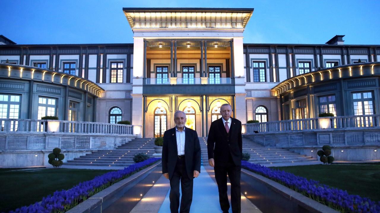 Cumhurbaşkanı Erdoğan, Asiltürk ile iftar yaptı