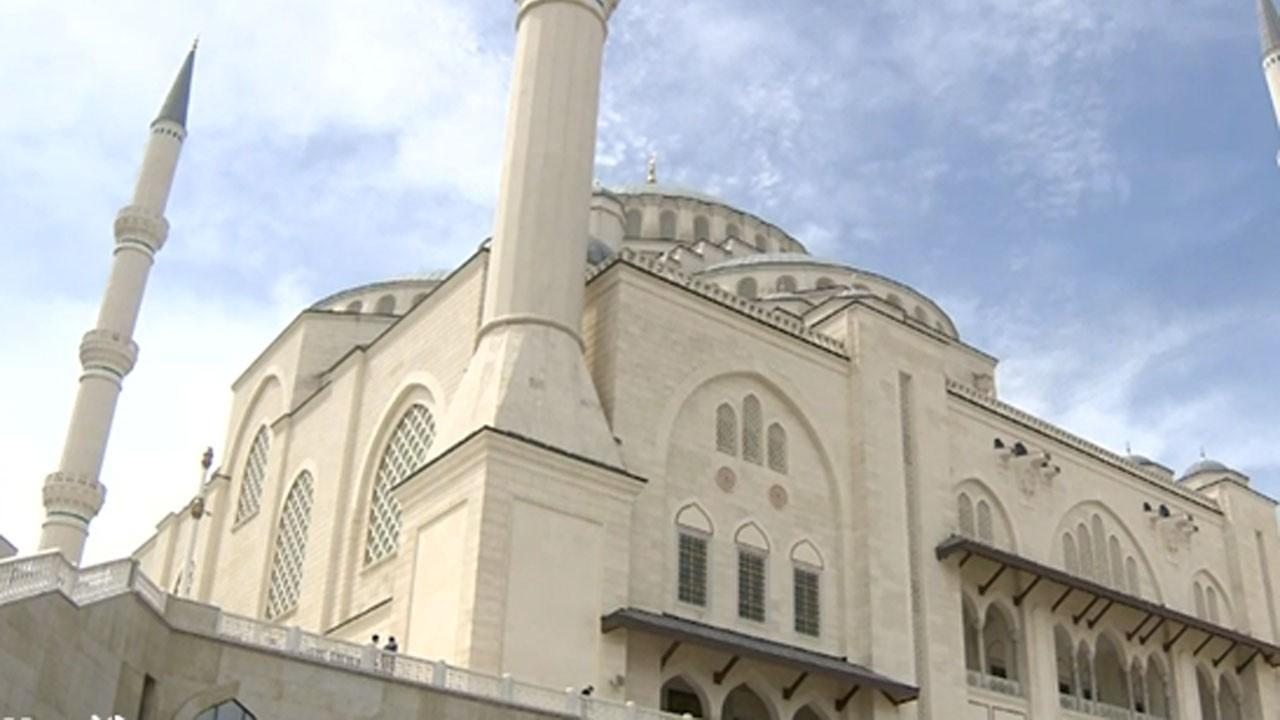 Cumhurbaşkanı Erdoğan cami cemaatine seslendi