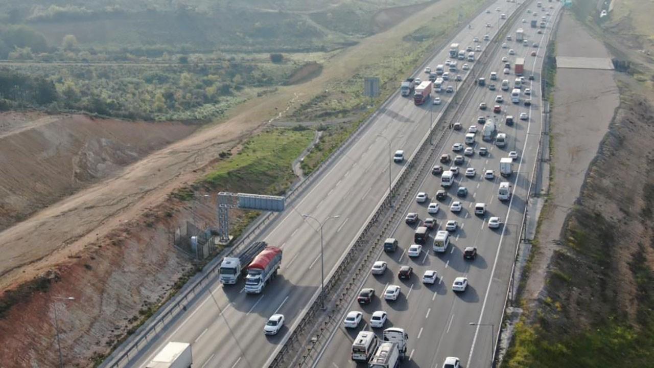 Trafikte İstanbul'dan kaçış yoğunluğu!