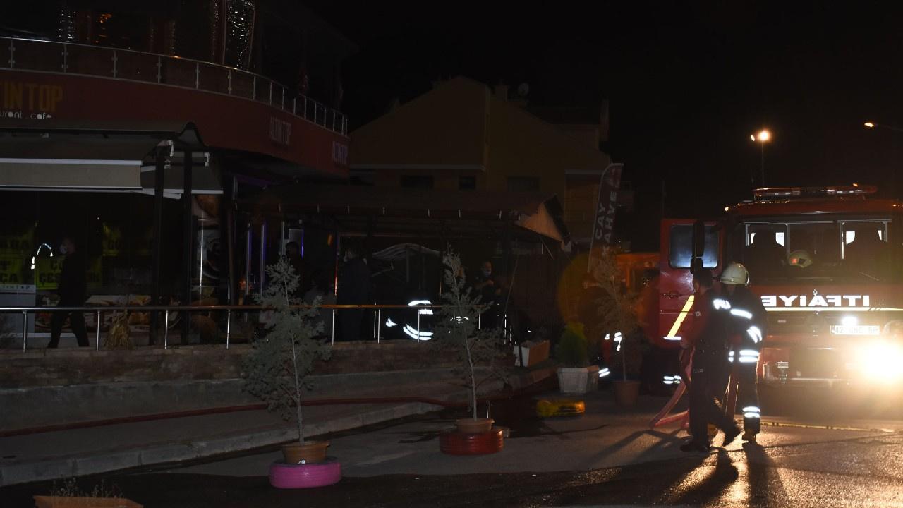 Lokantada gece yarısı patlama