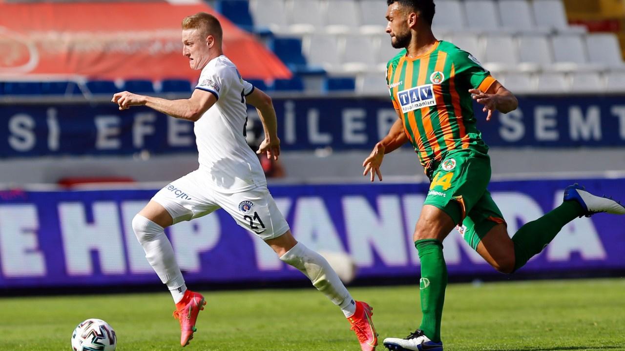 Kasımpaşa Alanya'dan 3 puanı 3 golle aldı