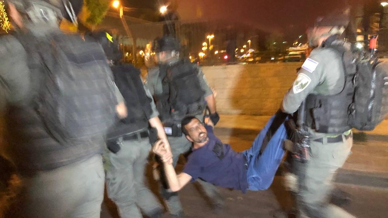 İsrail şiddeti bitmiyor... Şam Kapısı'nda saldırı