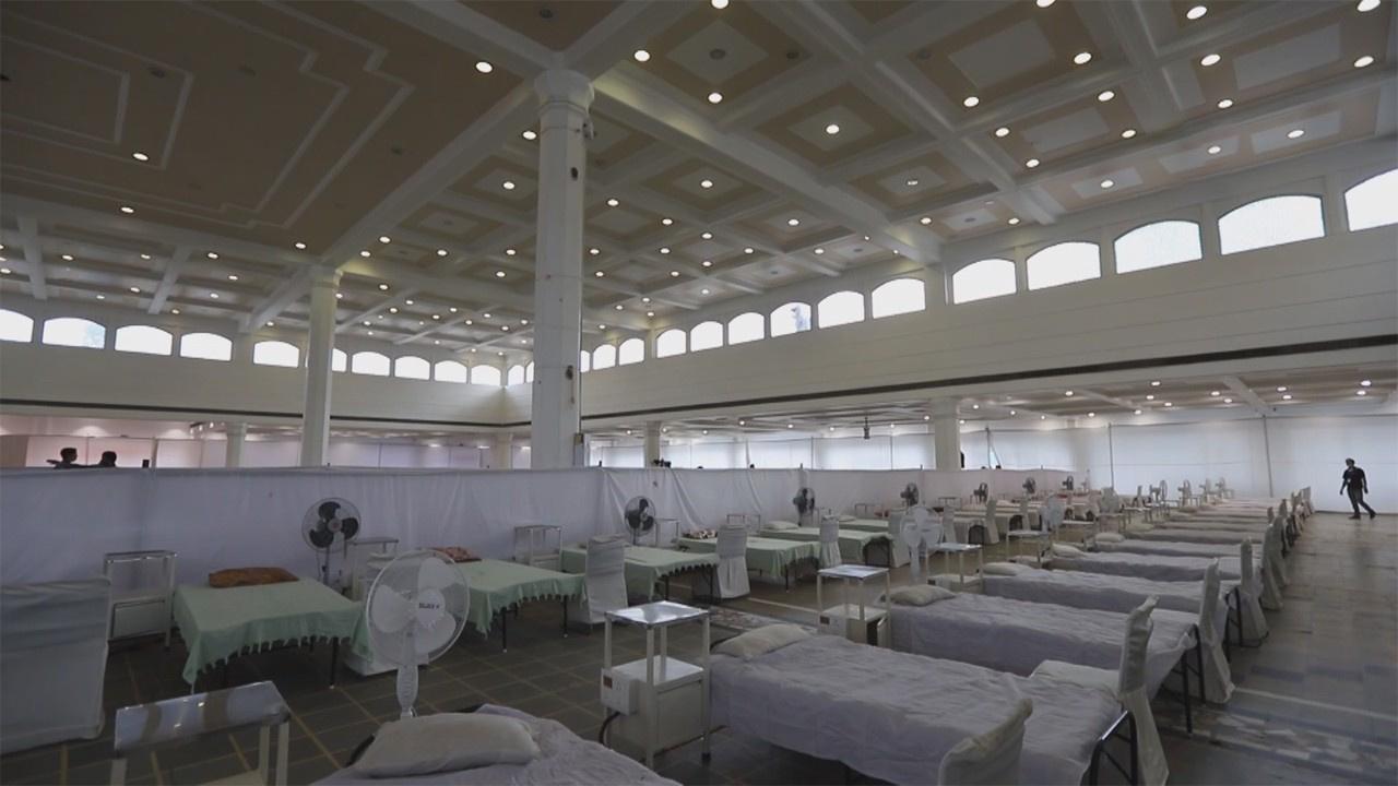 İbadet alanları hastaneye dönüştürülüyor