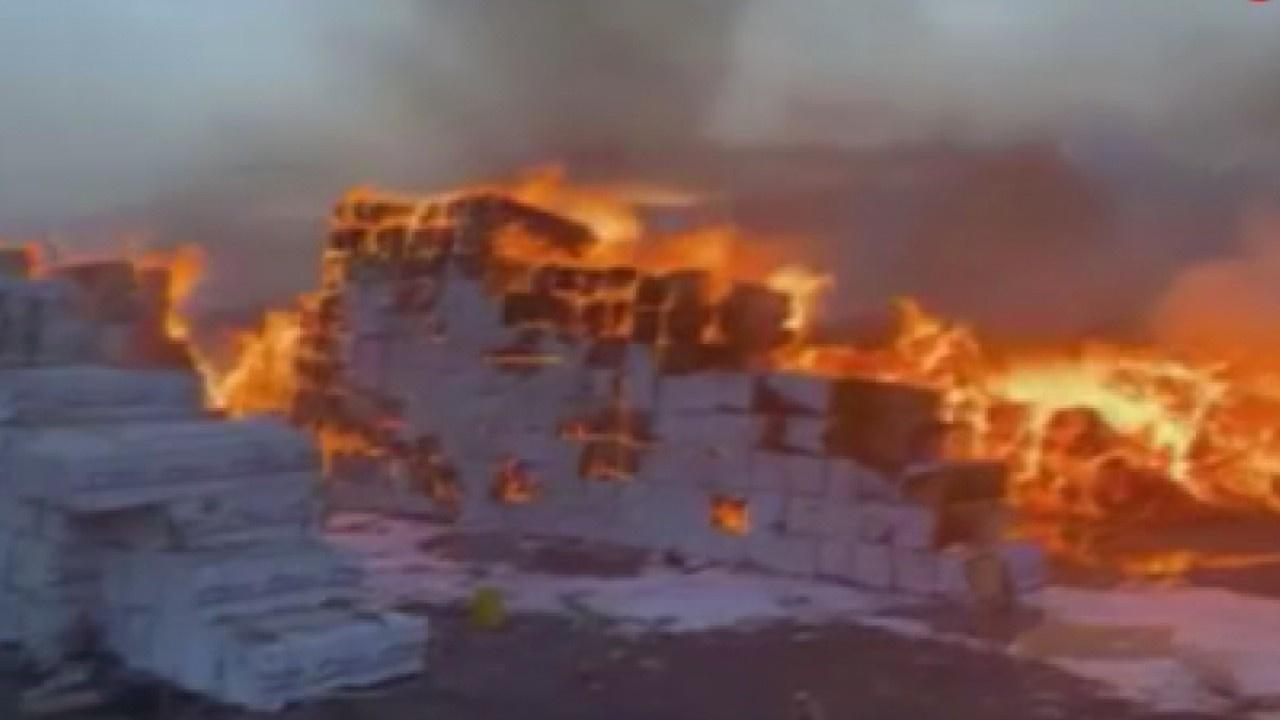 Yemen'de ahşap deposunda yangın