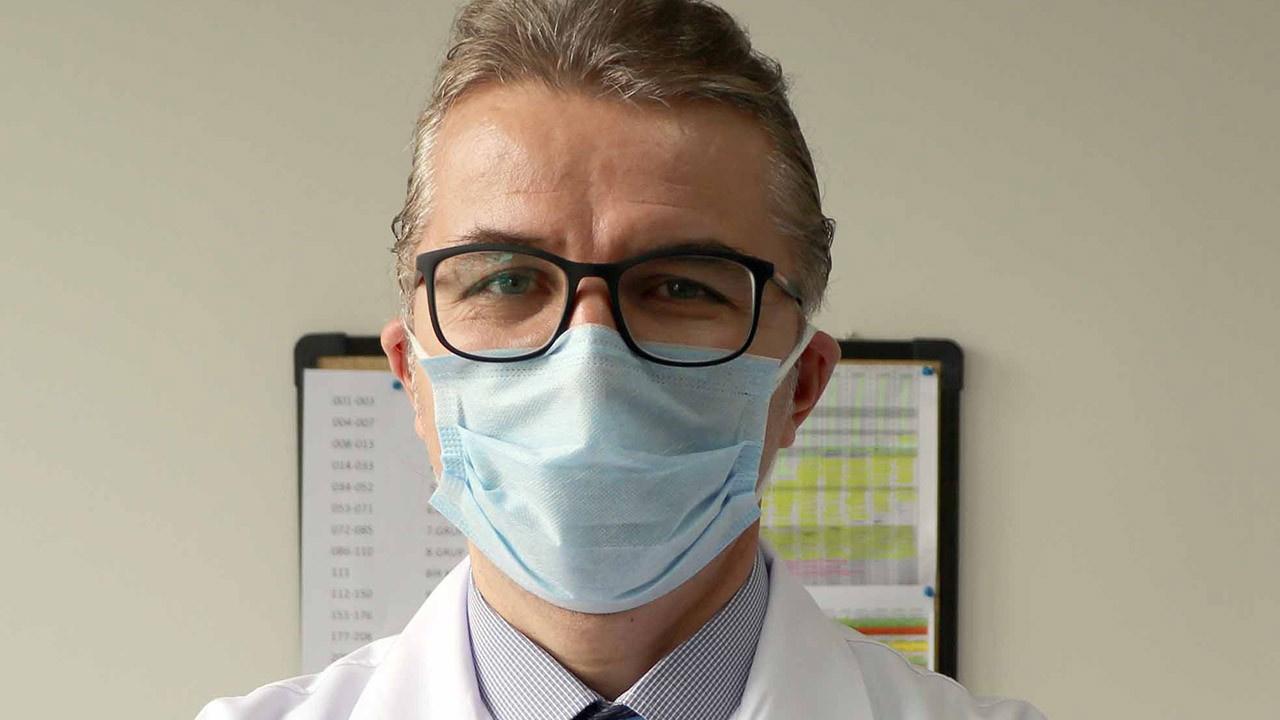 Ahmet İnal'dan 'çift maske takın' uyarısı