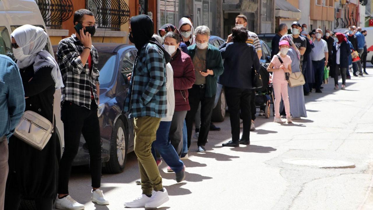 Yer: Eskişehir... 'Uygun fiyatlı baklava'...