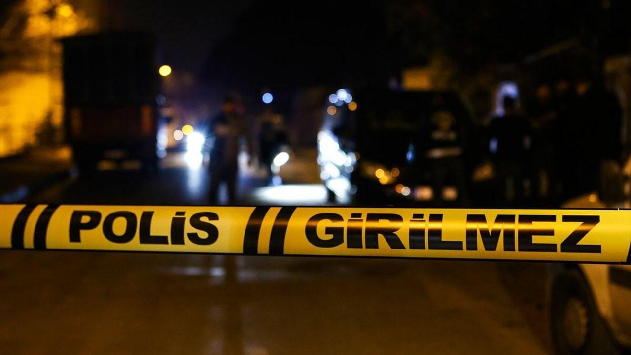 Morg görevlisi imam polislere keserle saldırdı