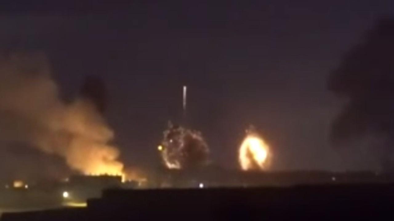 İsrail, Gazze'ye bomba yağdırdığı anlar