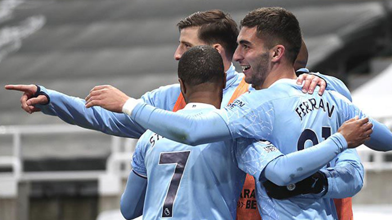 Newcastle United 3 Manchester City 4