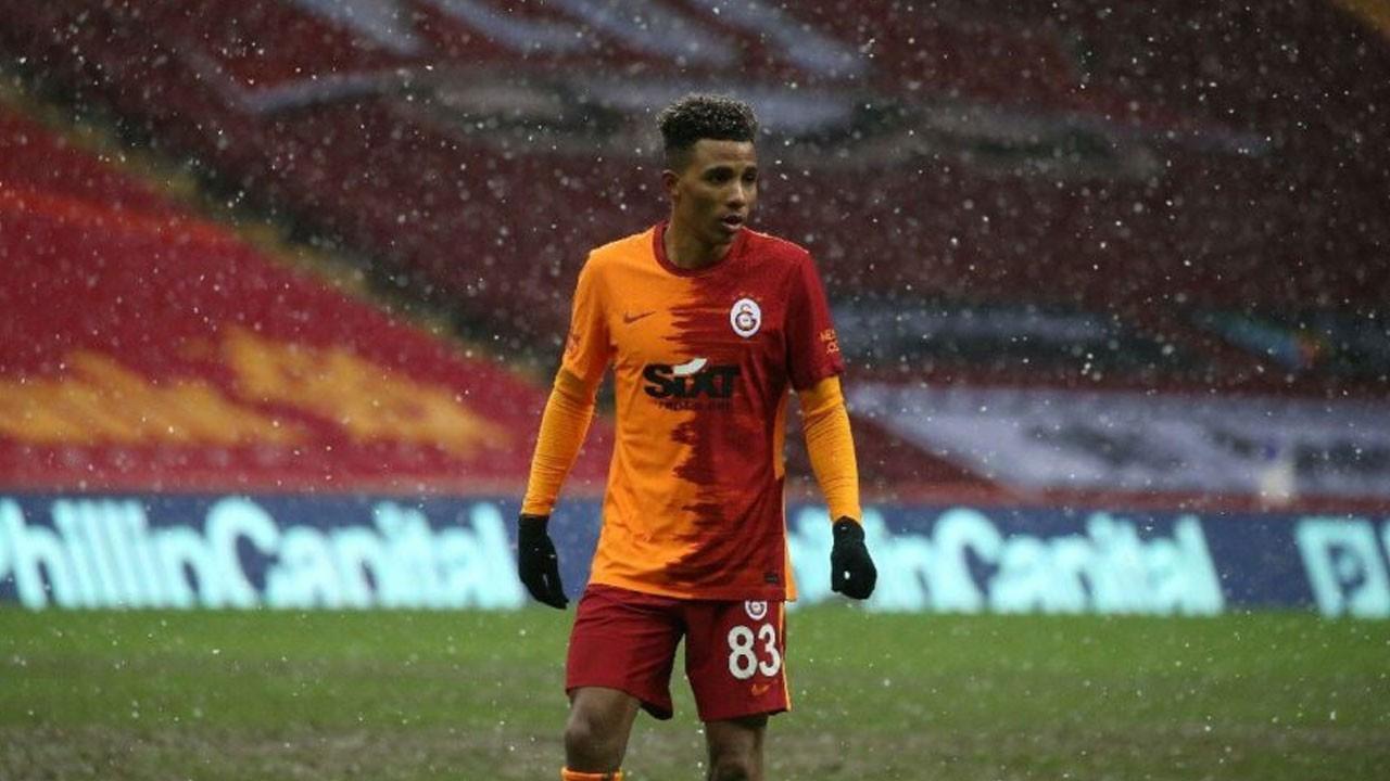 Galatasaray'dan ilk ayrılık geldi!