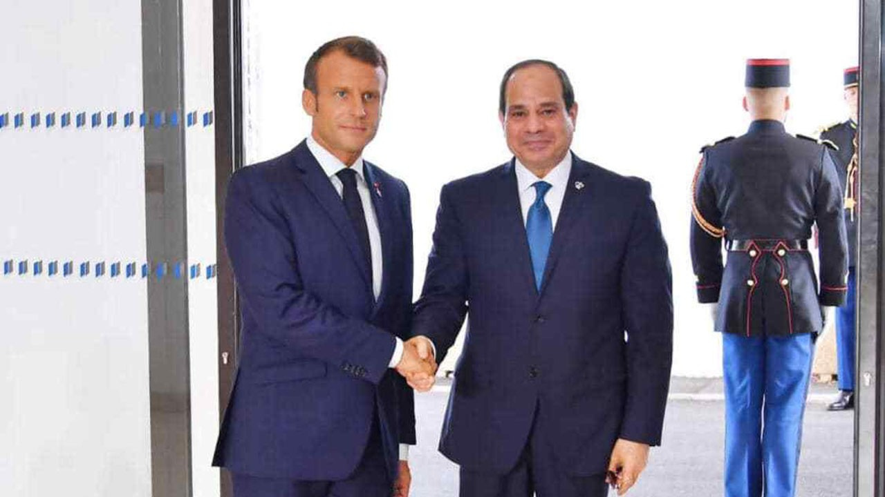 Macron ve Sisi Paris'te görüştü