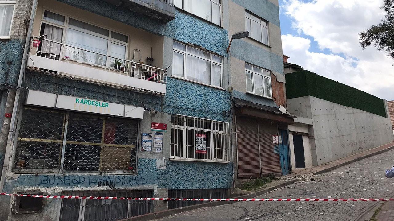 İstanbul Fatih'te bir binada çökme tehlikesi