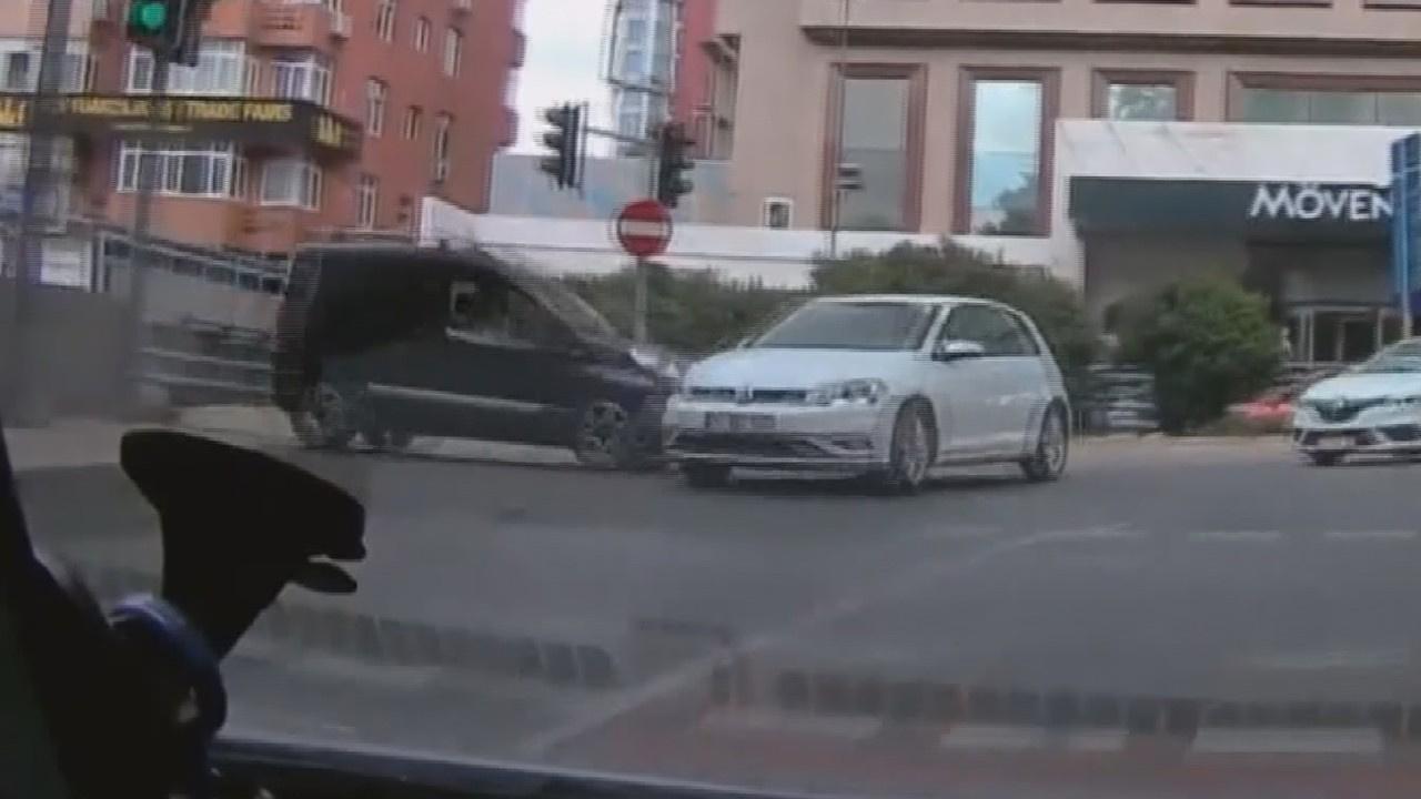Yer: Beşiktaş... Kırmızı ışık ihlali kazası!