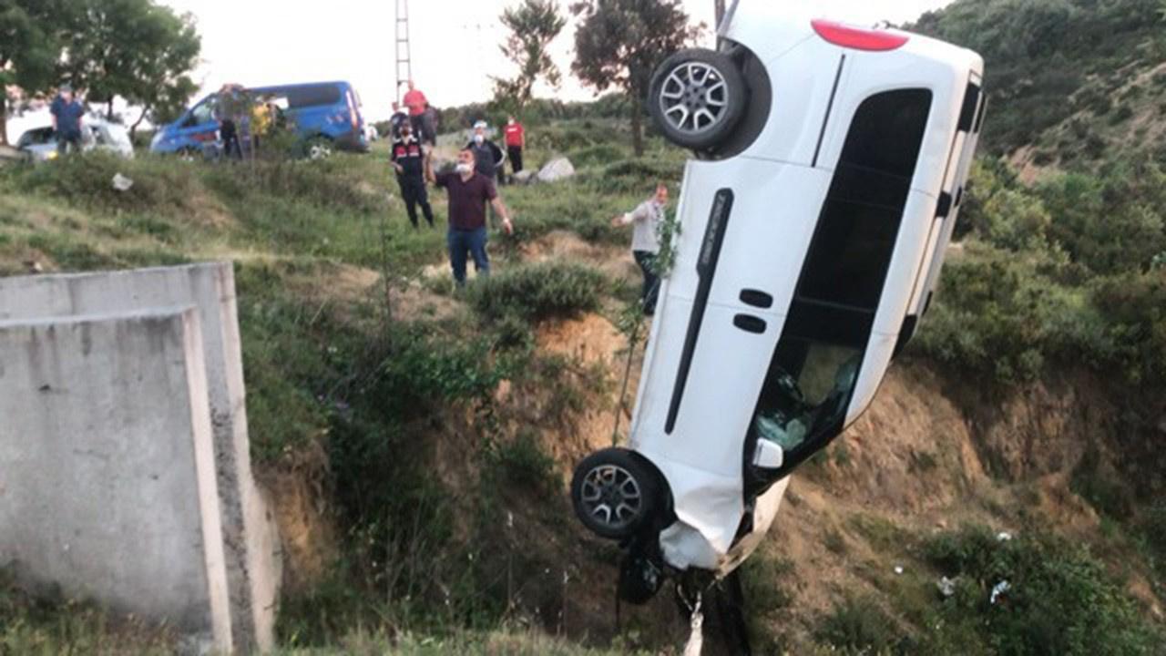 İstanbul'da feci kaza... Gölet menfezine düştü