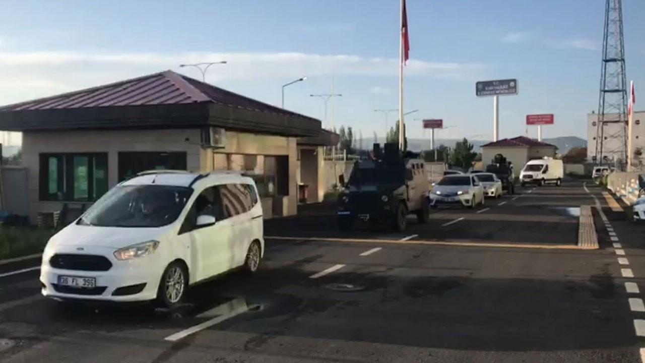 Kars ve Adana'da terör operasyonu: 5 gözaltı