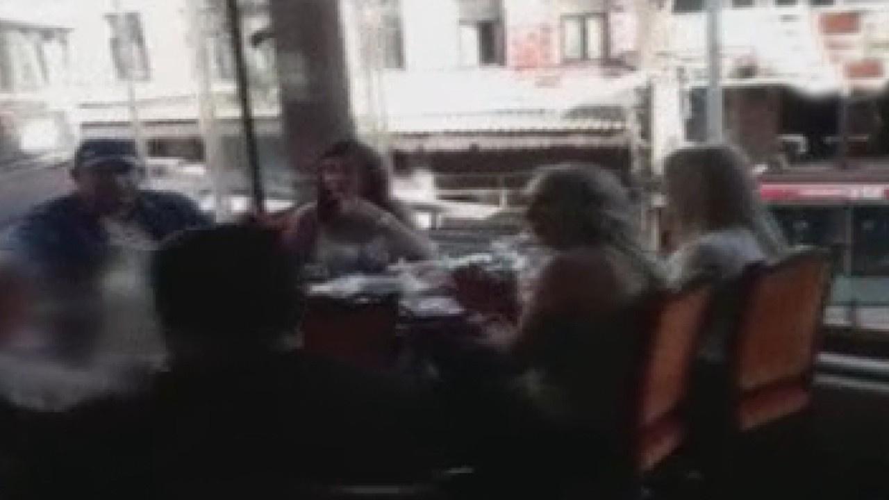 Balık restoranında müzikli eğlenceye polis baskını