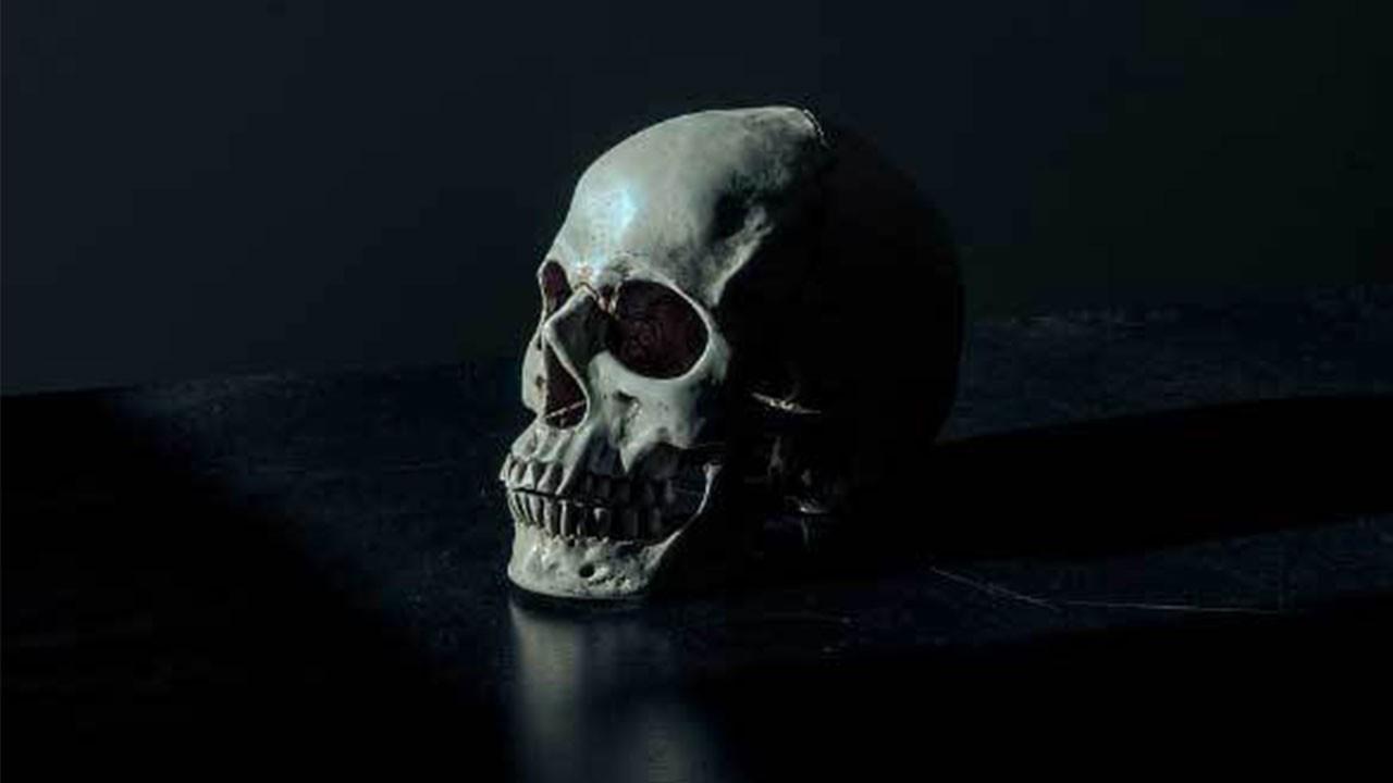 Tarihteki en enteresan ölüm hikayeleri...