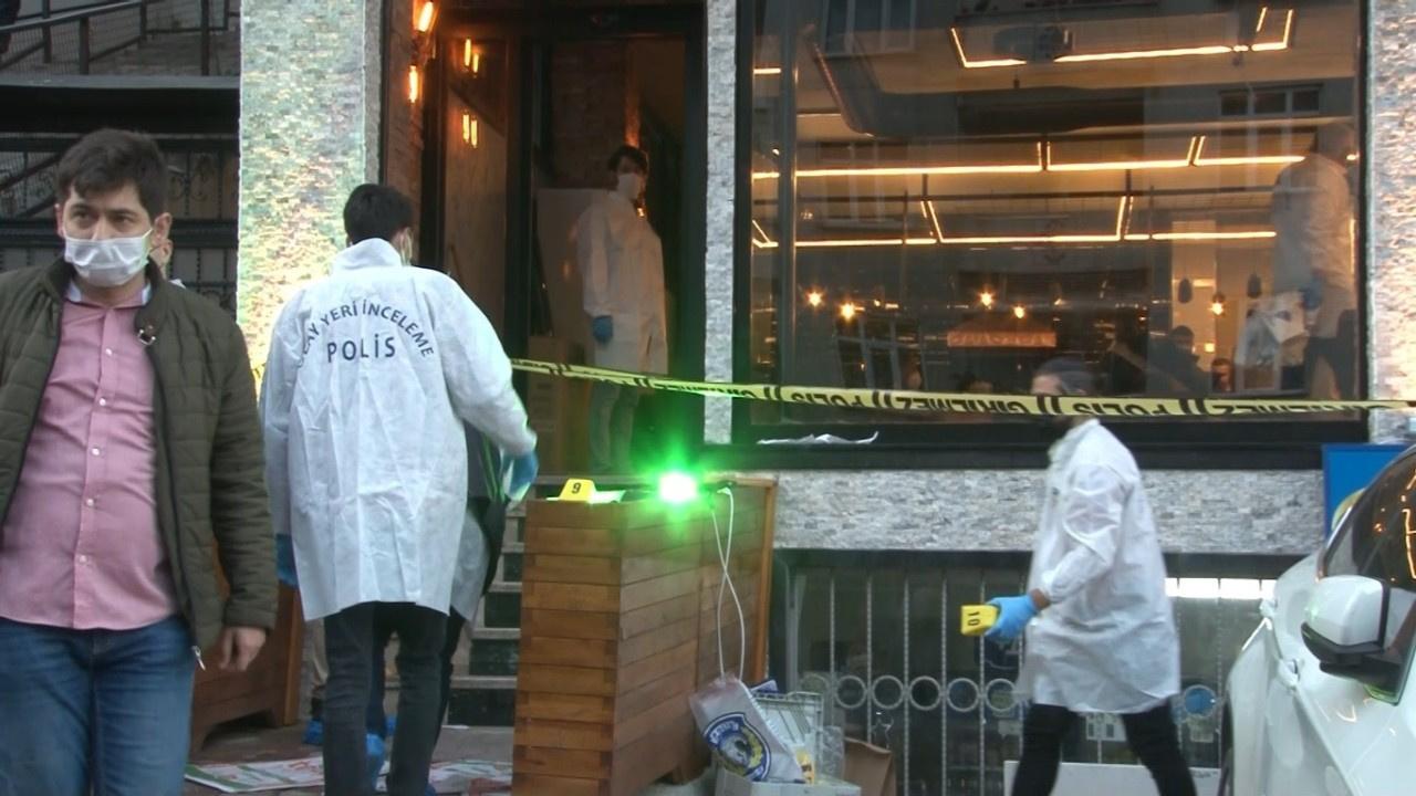 İstanbul'un göbeğinde kafeye silahlı saldırı