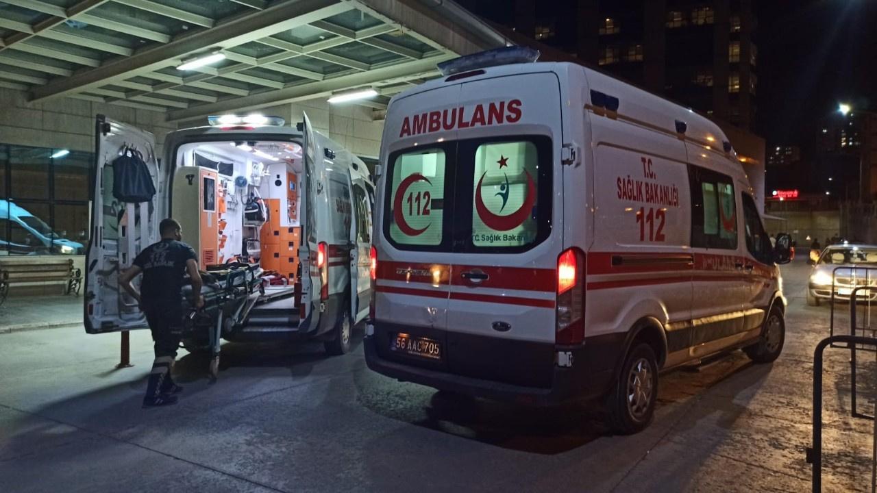 Pat pat faciası: Devrildi, 4'ü ağır 9 kişi yaralı