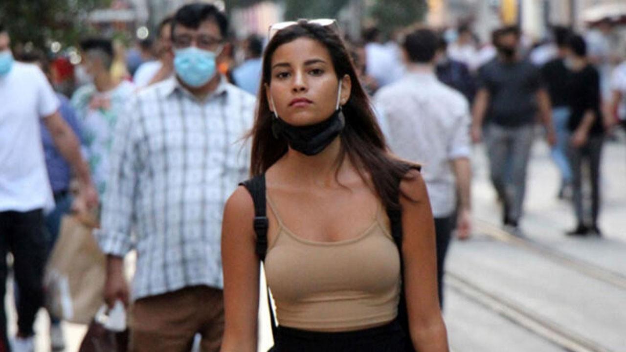 Bilim Kurulu üyesi Akın'dan yazın maske uyarısı!