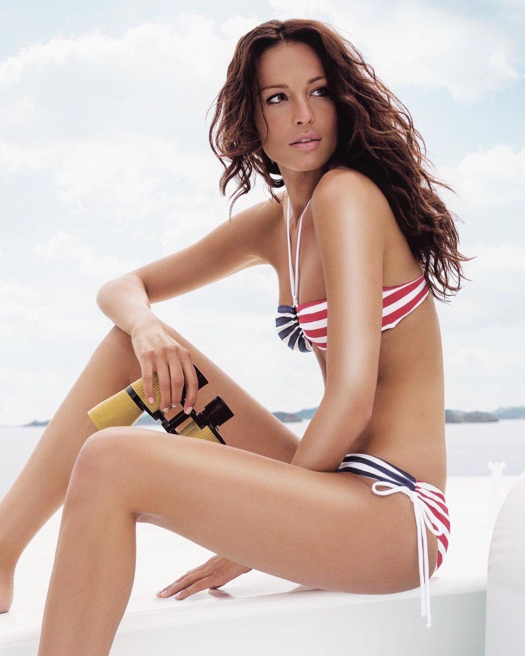 Güzide Duran bikinili pozlarıyla yıllara meydan okudu! - Sayfa 2