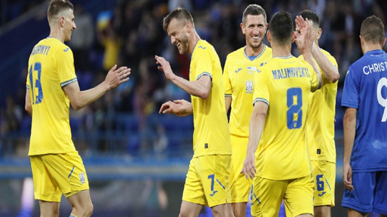 Ukrayna, Güney Kıbrıs'ı dört golle geçti