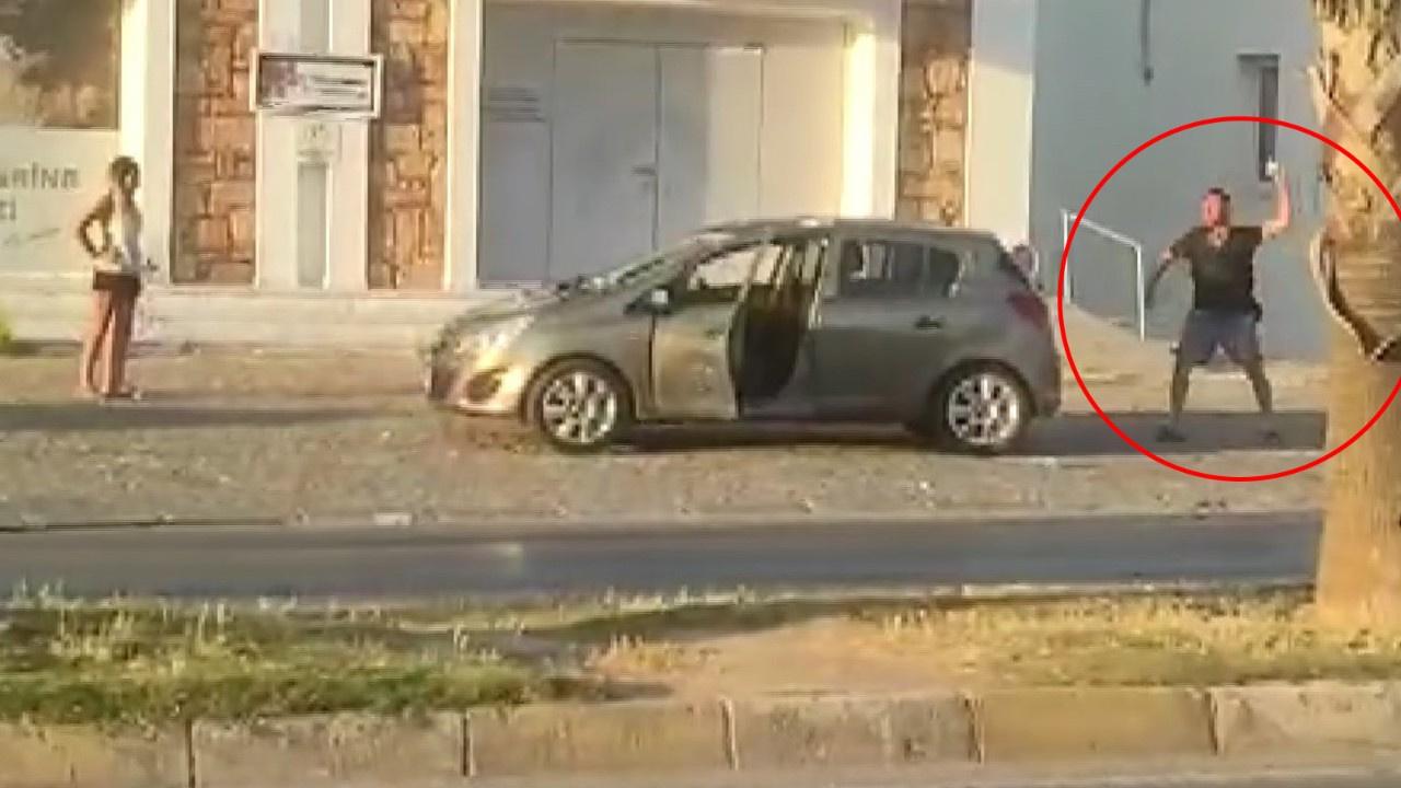 Arabasına taşlayıp, muhabiri darp etti!