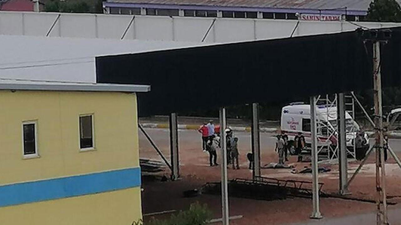 Elektrik akımına kapılan 3 işçi yaralandı