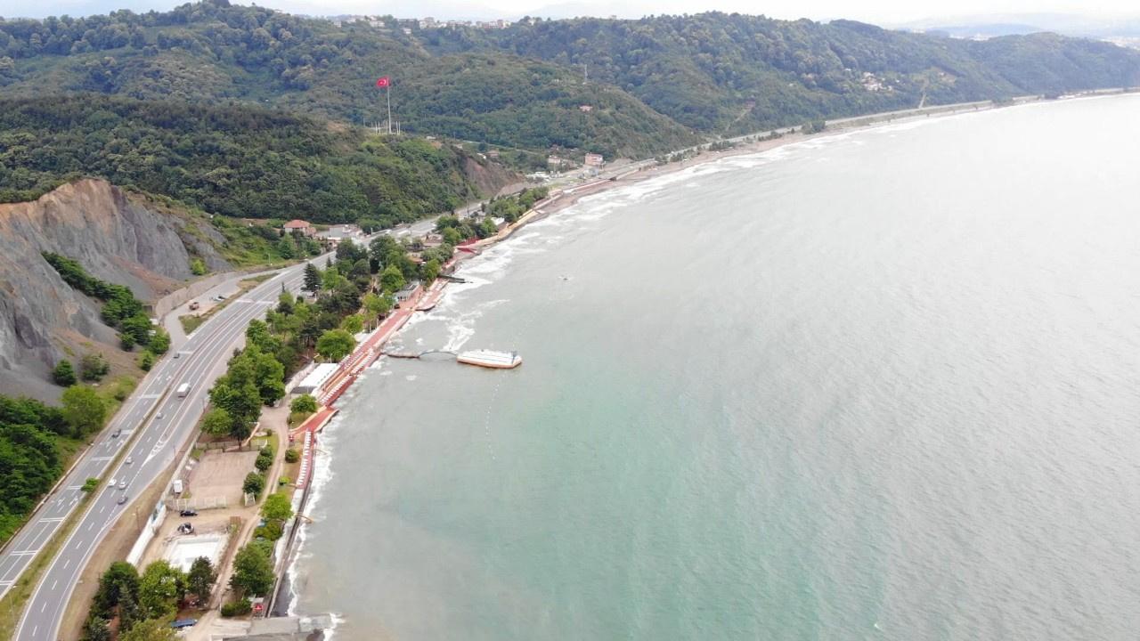 Batı Karadeniz'in en büyük plajı açıldı