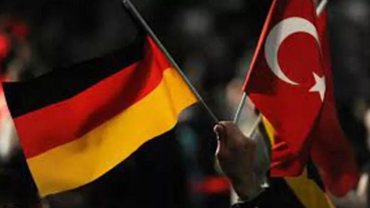 Merkel'den Türkiye açıklaması!