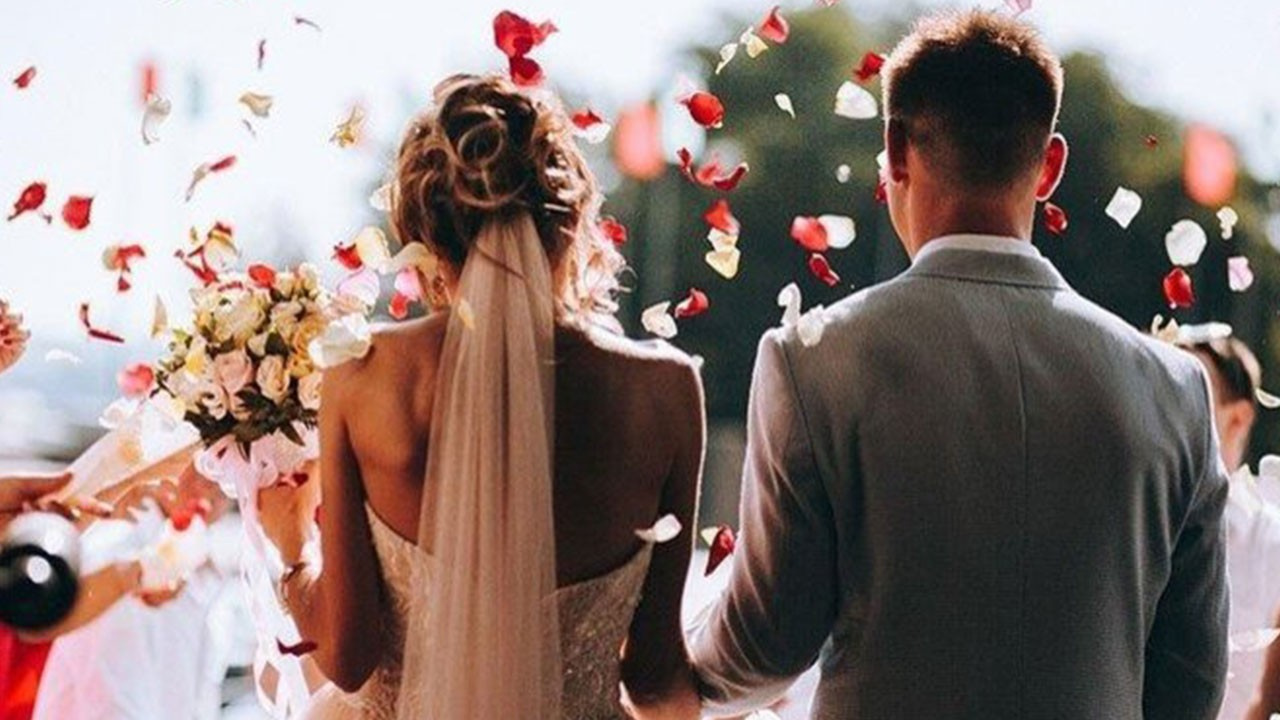 Düğünler açıldı mı, yasak mı? Nişan, düğün ve kına organizasyonları nasıl olacak? Kabine sonrası düğünler tamamen açıldı