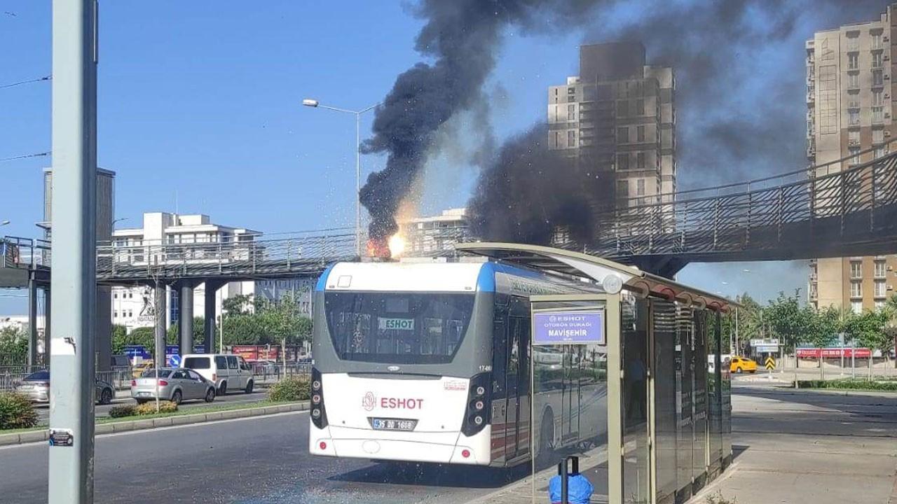 Belediye otobüsü alev alev yandı!