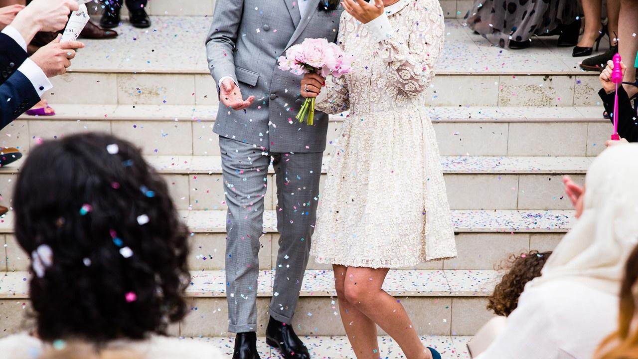 Düğünden vazgeçti, aynı gün başkasıyla evlendi
