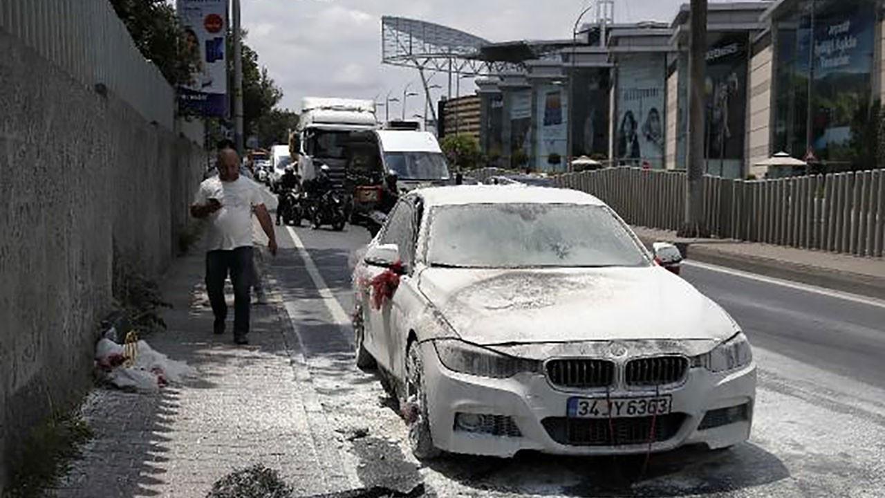 Sarıyer'de lüks gelin arabası yandı