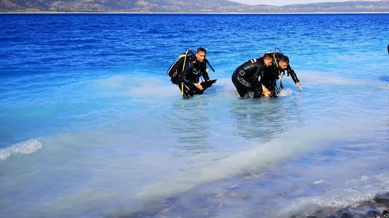 Salda Gölü'nde 15 yaşındaki çocuk boğularak öldü