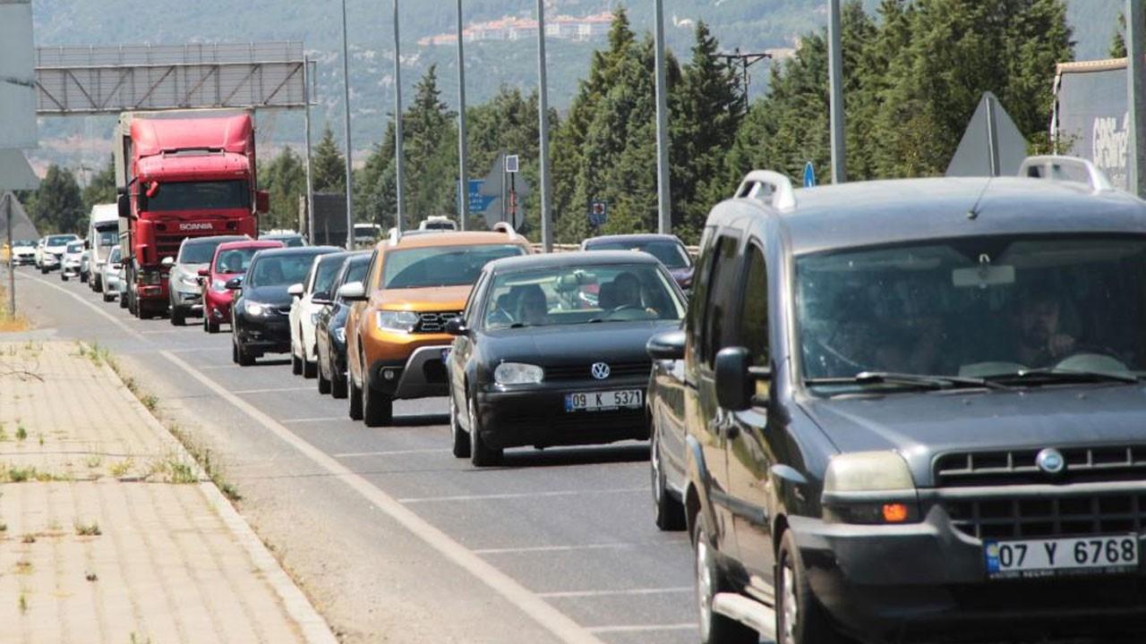 Muğla'ya turist akını! Trafik felç oldu