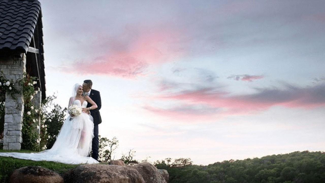 Güzel şarkıcı düğününden ilk kareleri paylaştı
