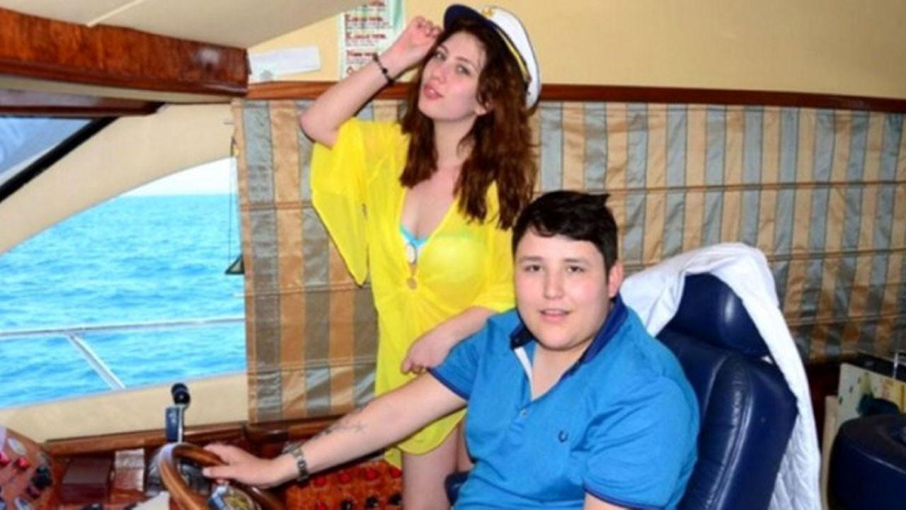 Tosuncuk'un eşi gıyabında boşandı!