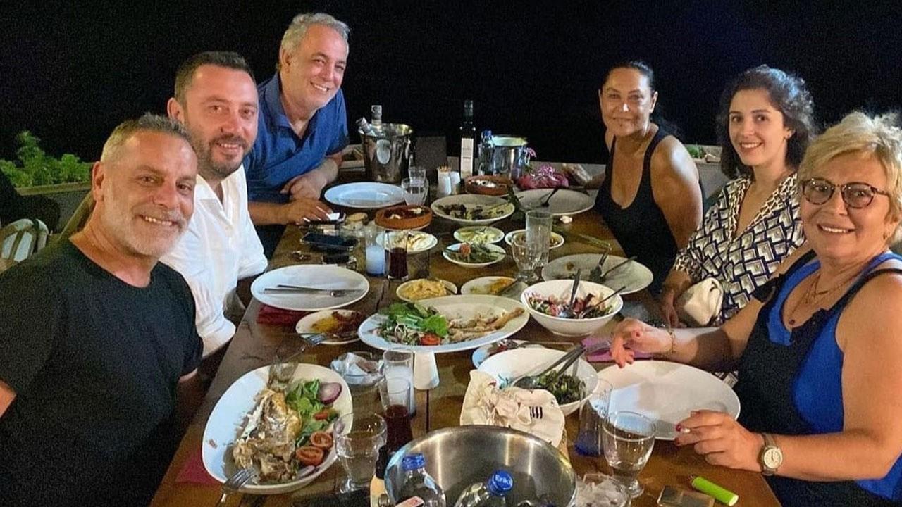 Hülya Avşar ile Ozan Güven Avyalık'ta buluştu!