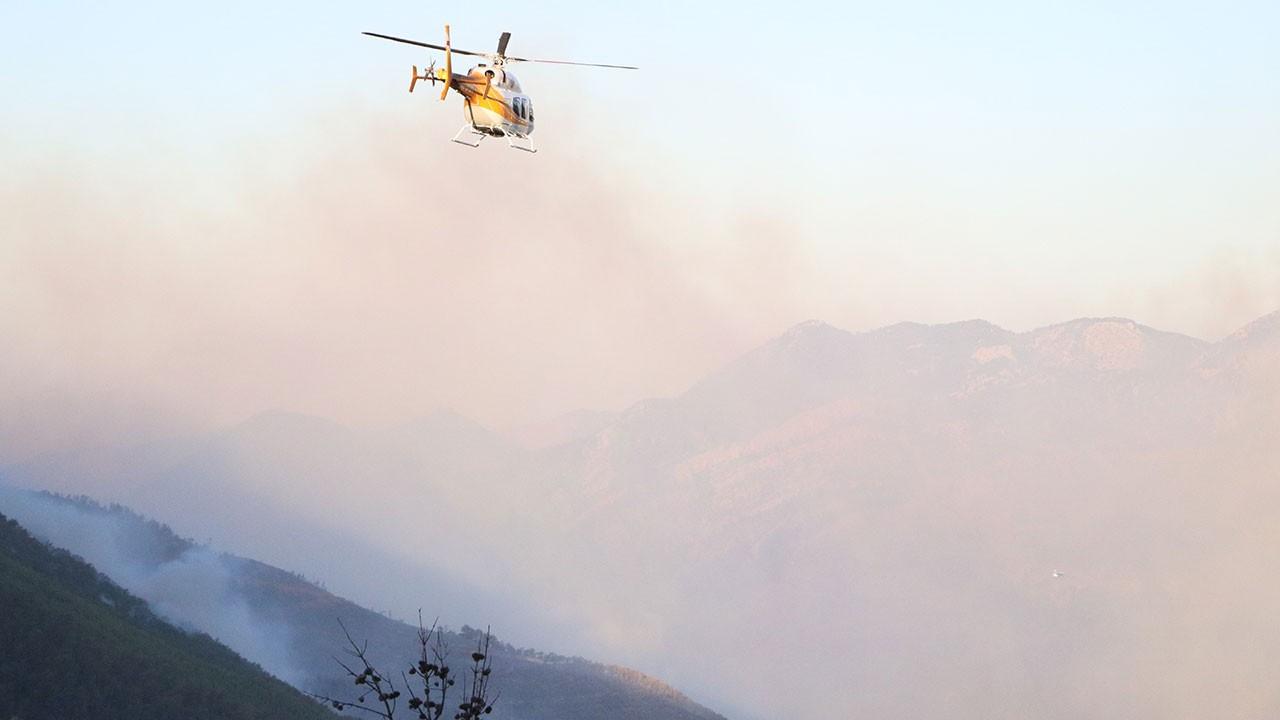 Mersin'deki yangına havadan müdahale başladı!