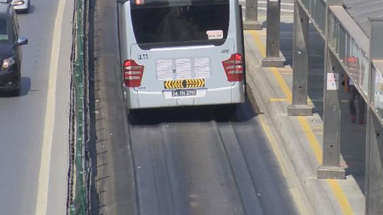 Metrobüs yolu aşırı sıcağa dayanamadı