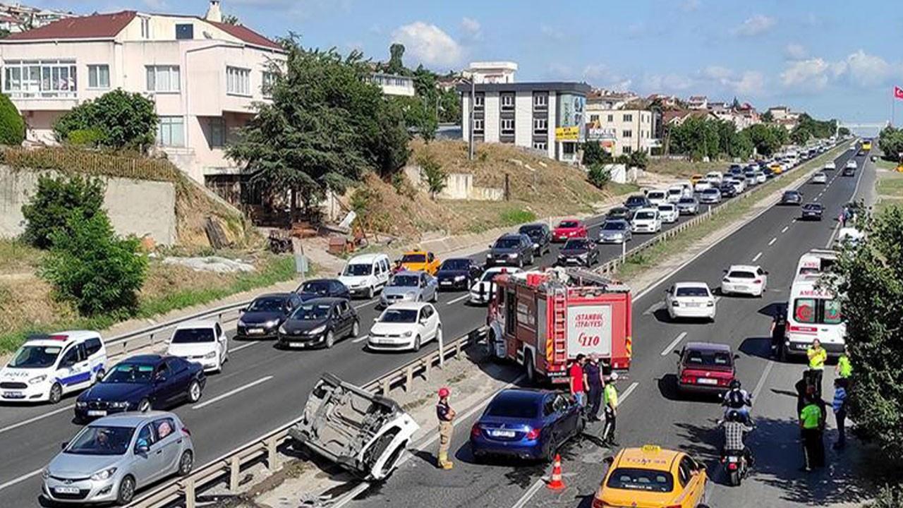 Büyükçekmece'de trafik kazası: Yaralılar var