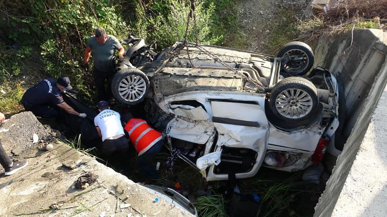 Bayram dönüşü akılalmaz kaza: 3 ölü, 2 ağır yaralı