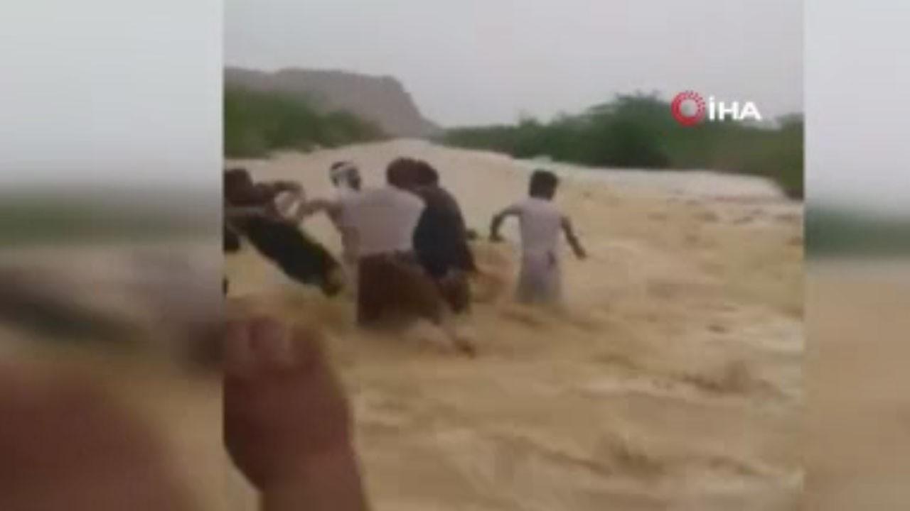 Sel felaketi Yemen'i vurdu!