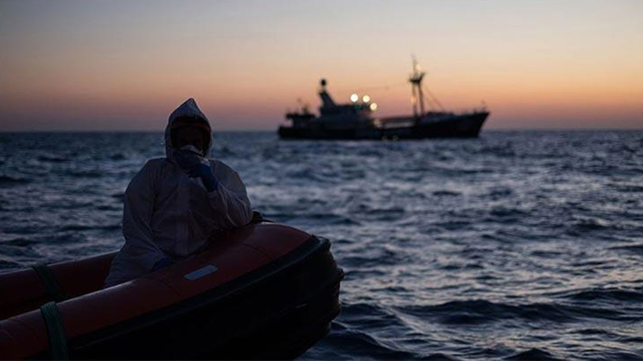 Göçmenleri taşıyan bot battı: En az 57 ölü