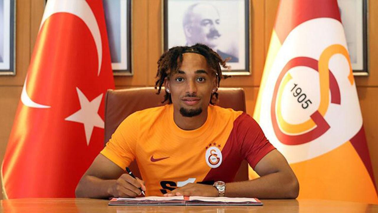 Galatasaray yeni transferini KAP'a bildirdi!