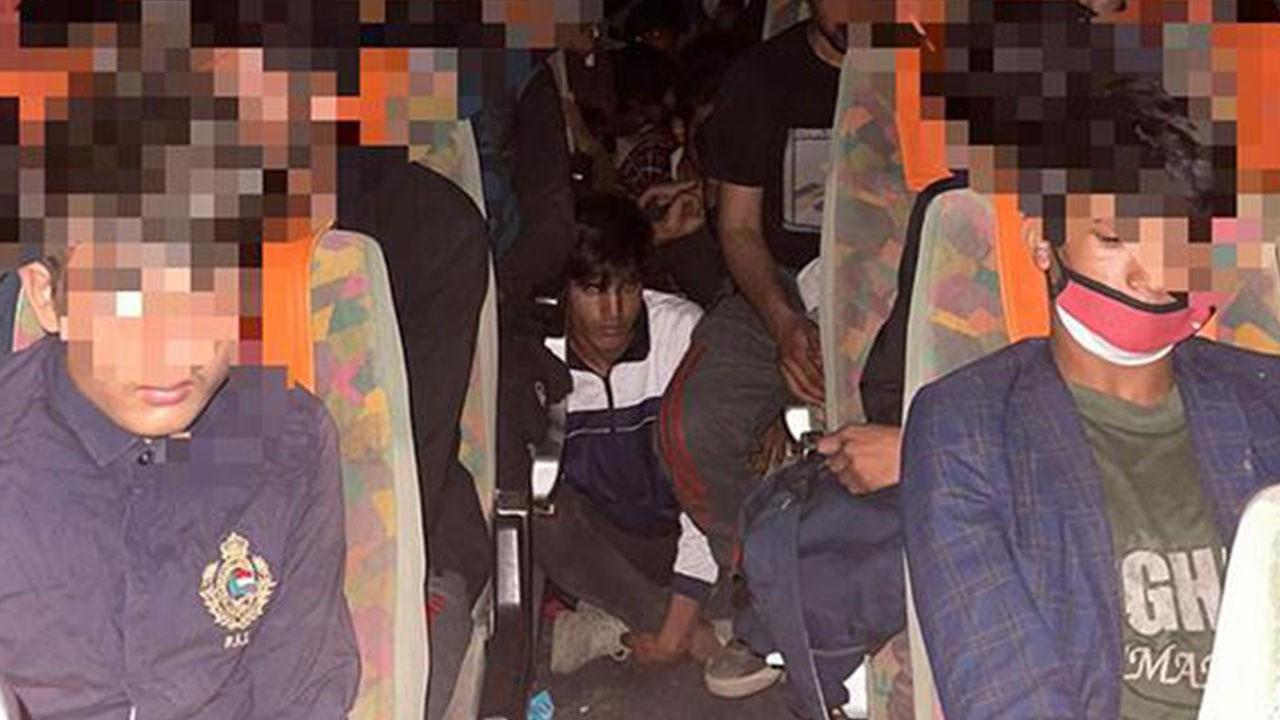 Bir araçta 68 kaçak göçmen yakalandı