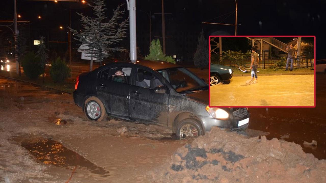 20 dakikalık sağanak yağış Malatya'yı felç etti