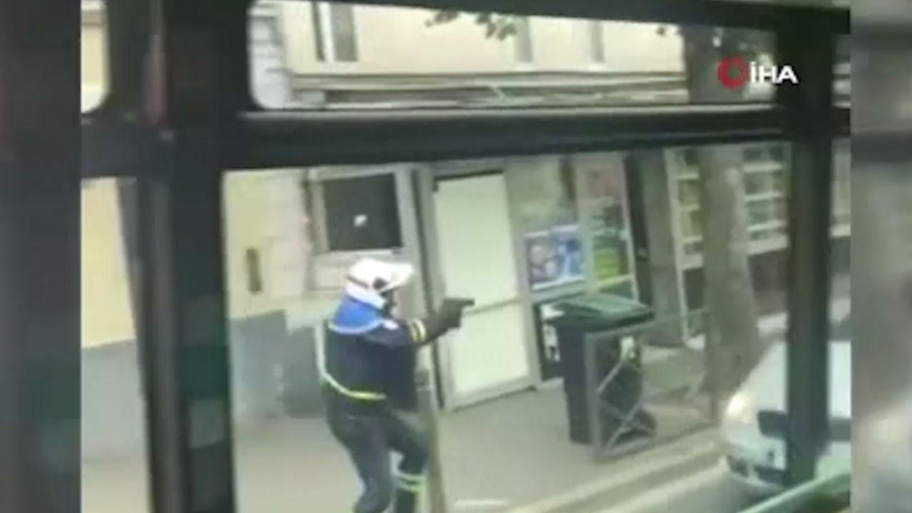 Polis 'dur' ihtarına uymayan sürücüye ateş açtı
