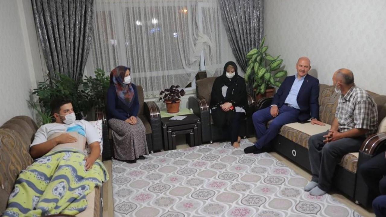 Soylu Emirhan'ın ailesini ziyaret etti